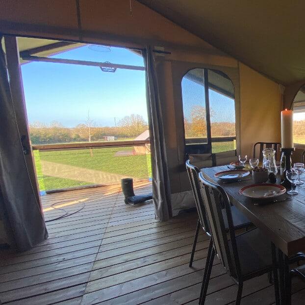 Salon avec vue terrasse